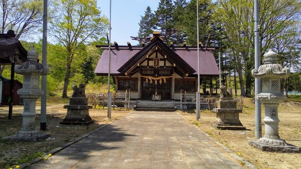 穂別神社の本殿
