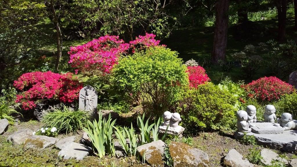 有珠善光寺の庭園