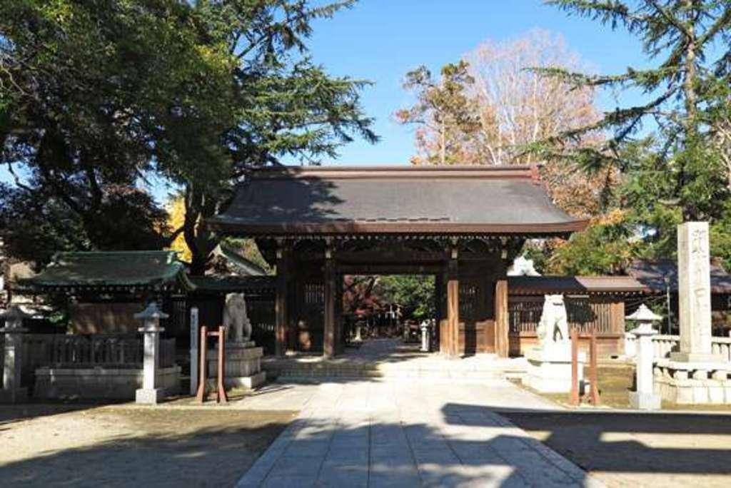 川口神社の山門