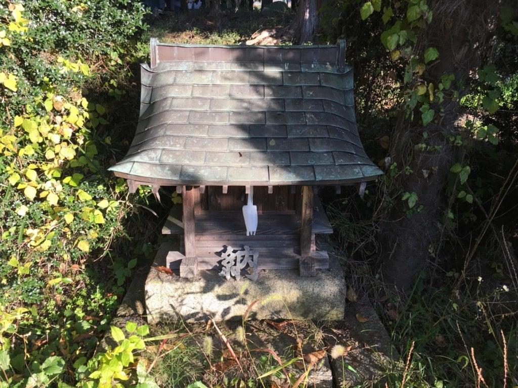 大石神社の末社