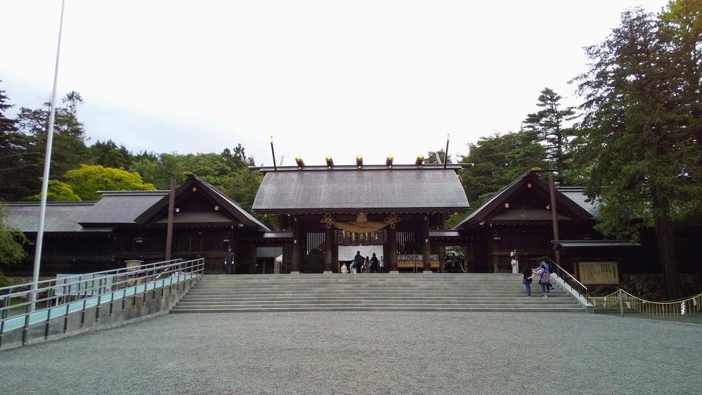 北海道神宮の山門