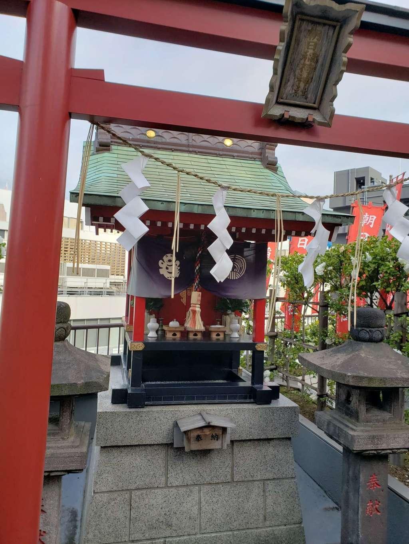 朝日稲荷神社の本殿