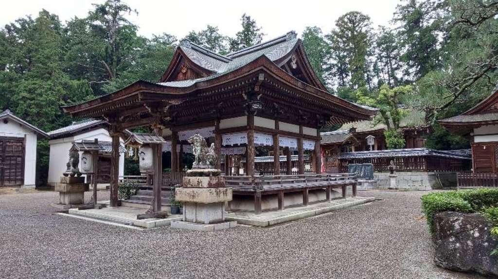 奥石神社の本殿
