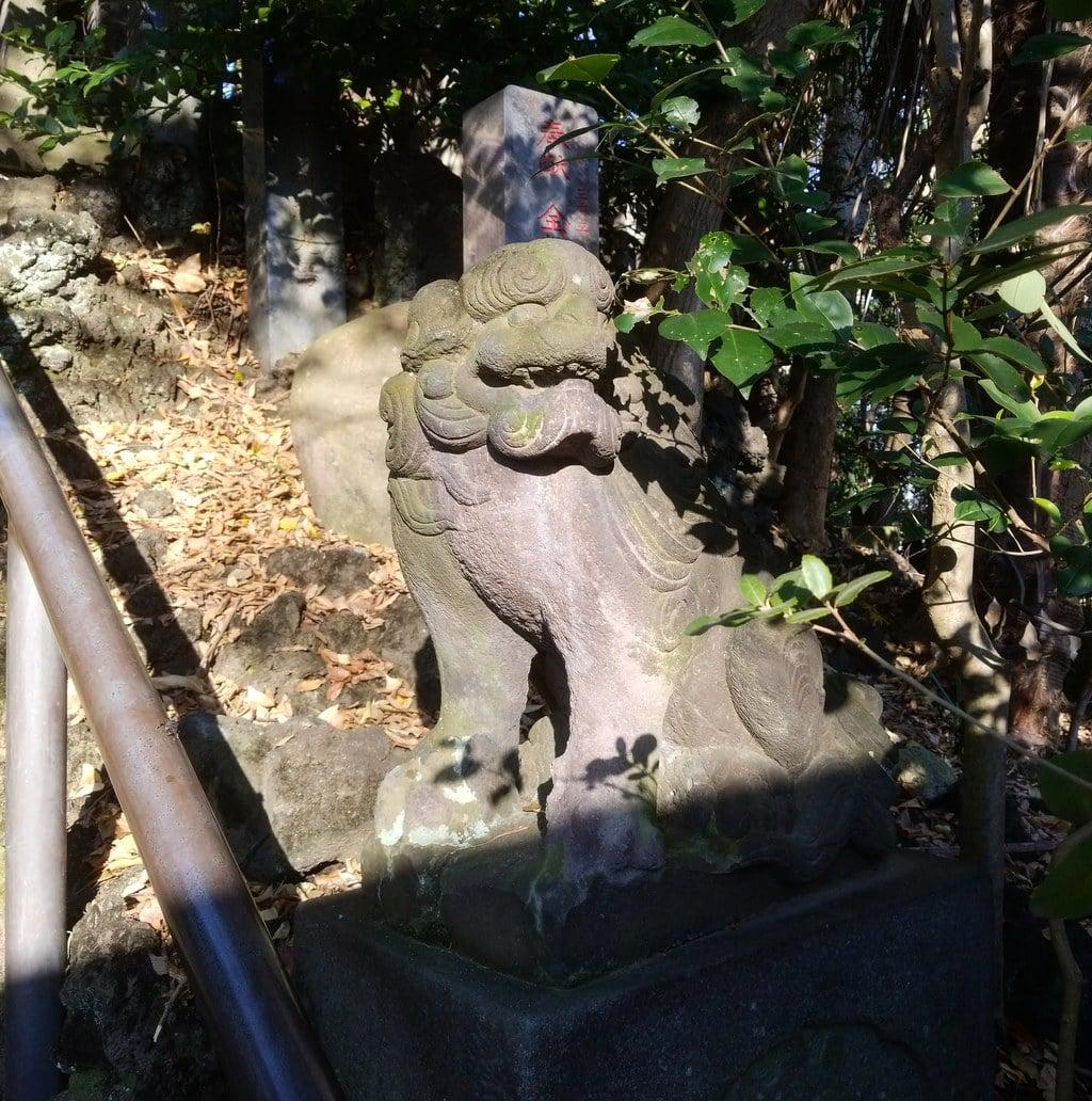 篠崎浅間神社の狛犬