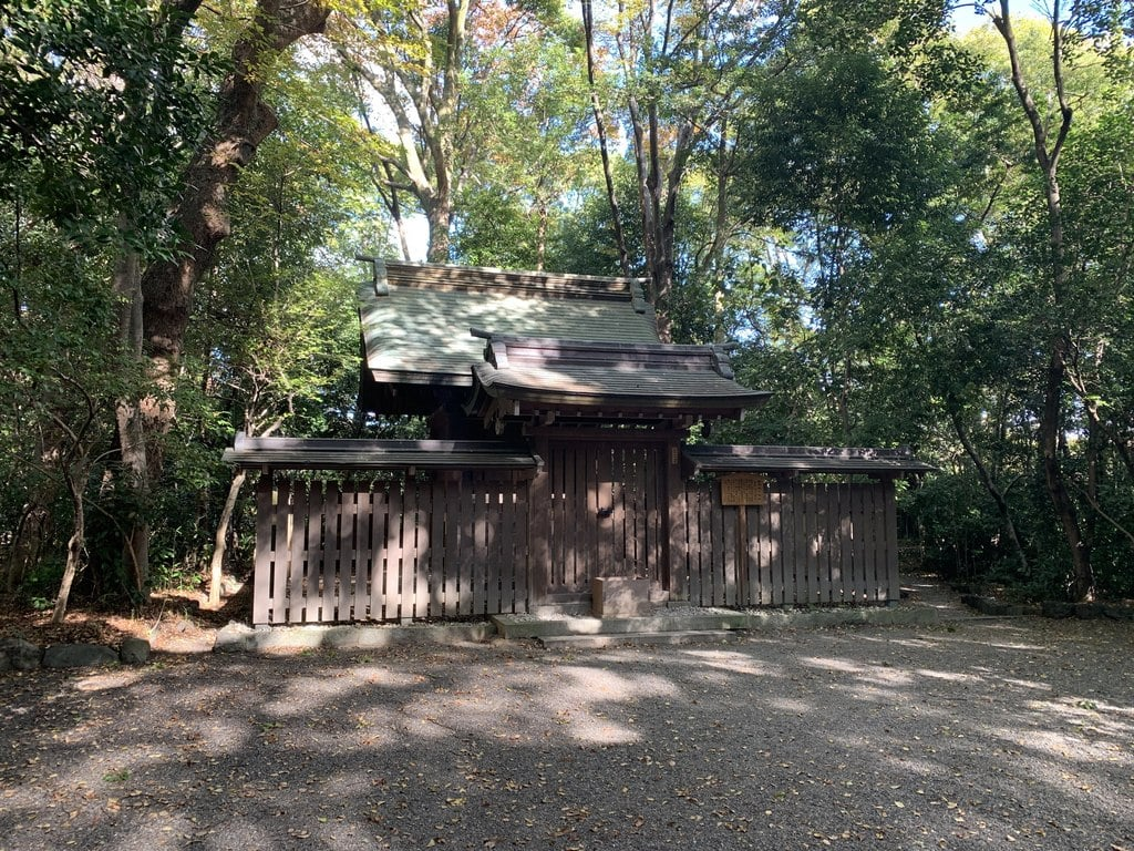 熱田神宮の末社