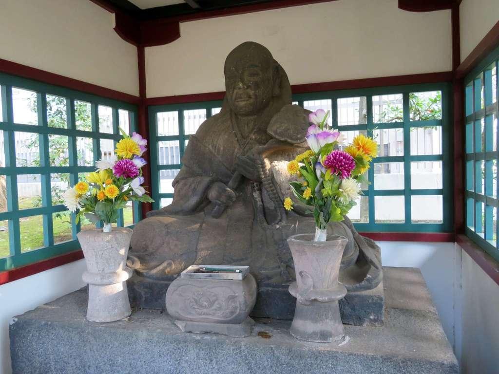 寛永寺の像