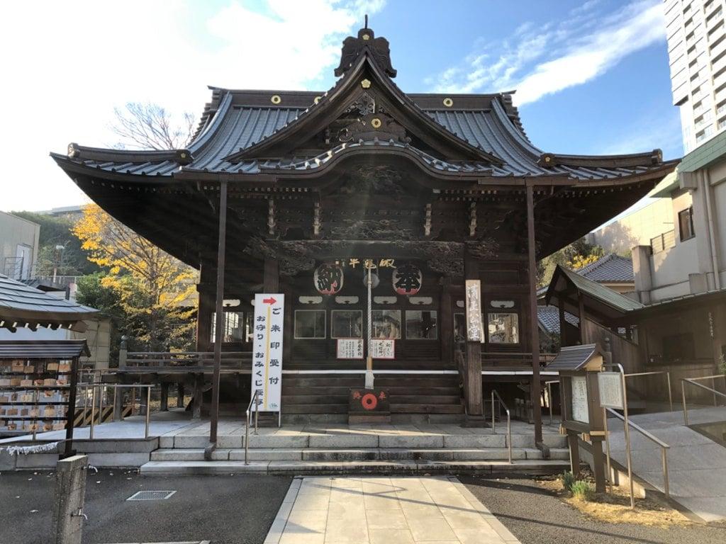 覚林寺の本殿