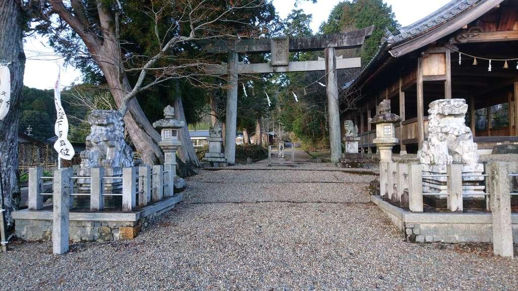 八幡神社(武芸八幡宮)の鳥居