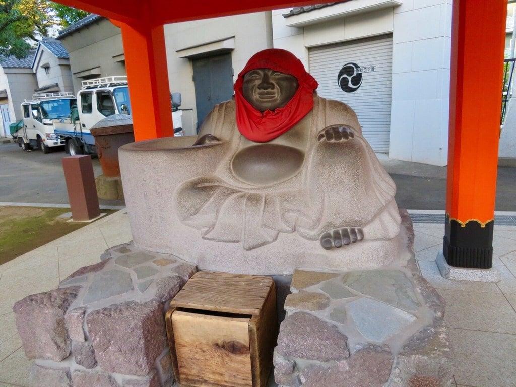 穴八幡宮の仏像