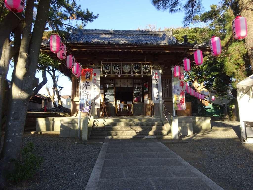 片瀬諏訪神社の山門