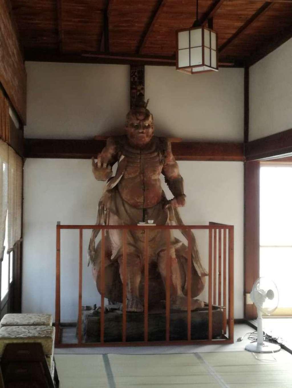 竜禅寺の像