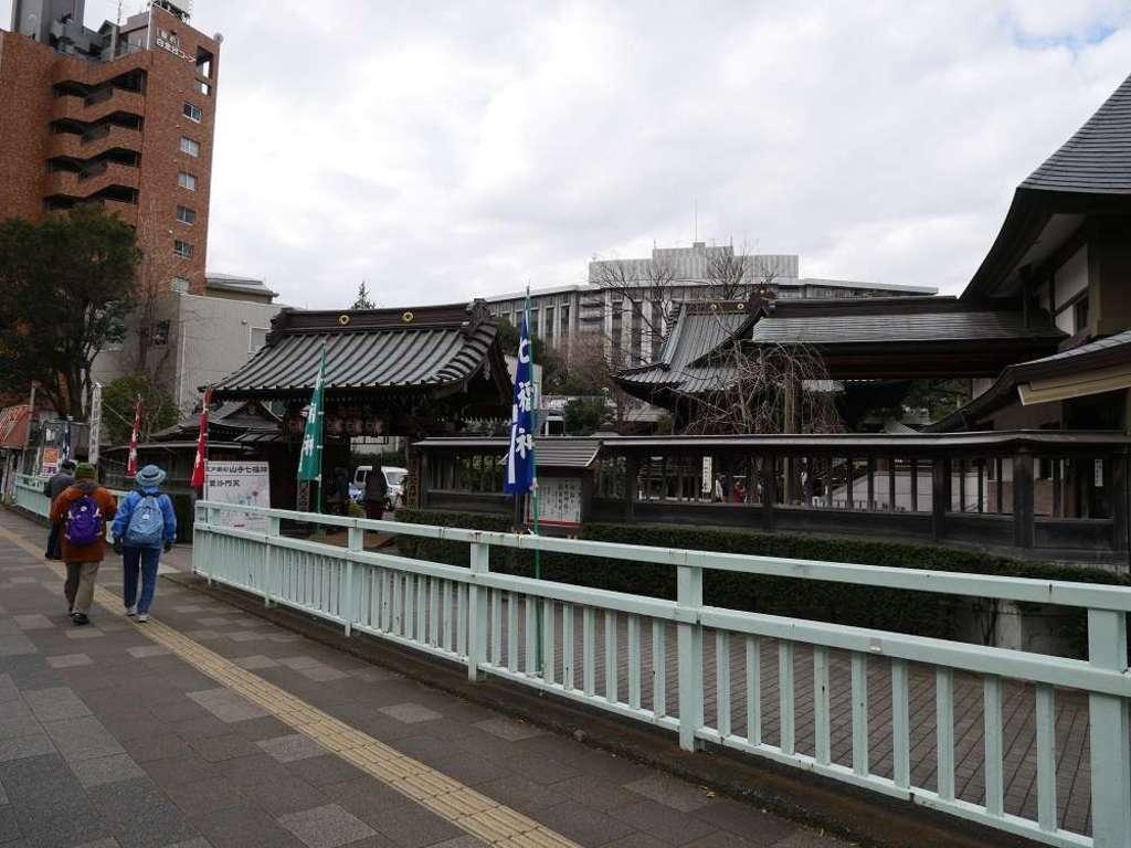 覚林寺の周辺