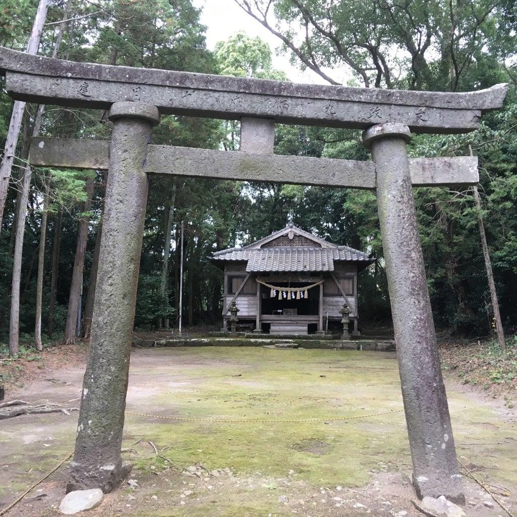 南方神社の鳥居