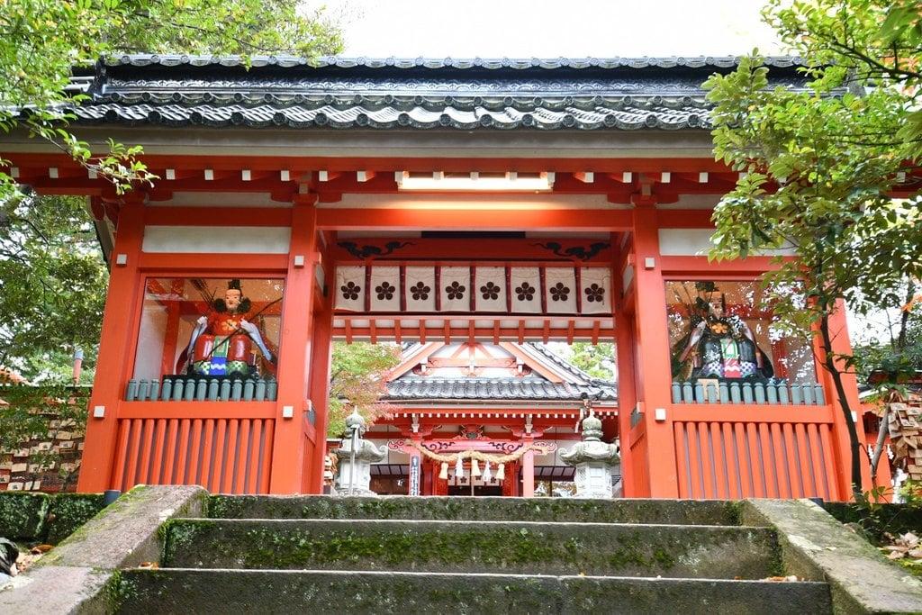 金澤神社の山門