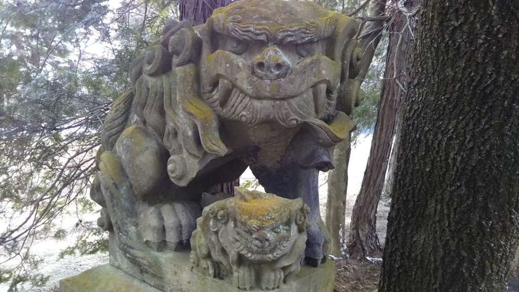 朝日稲荷神社の狛犬