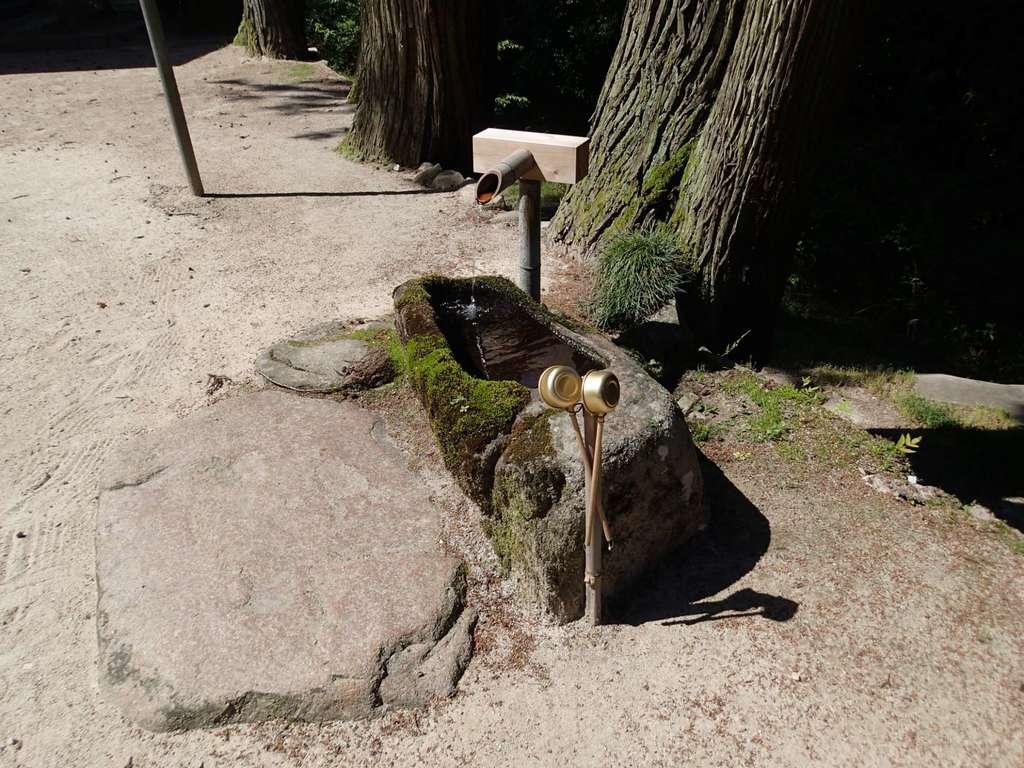 飯石神社の手水