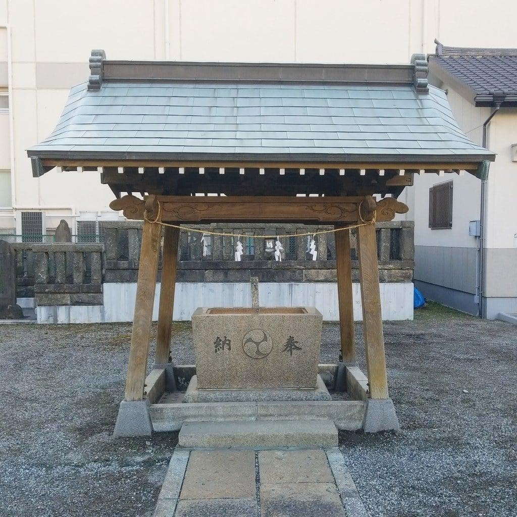 小松川神社の手水