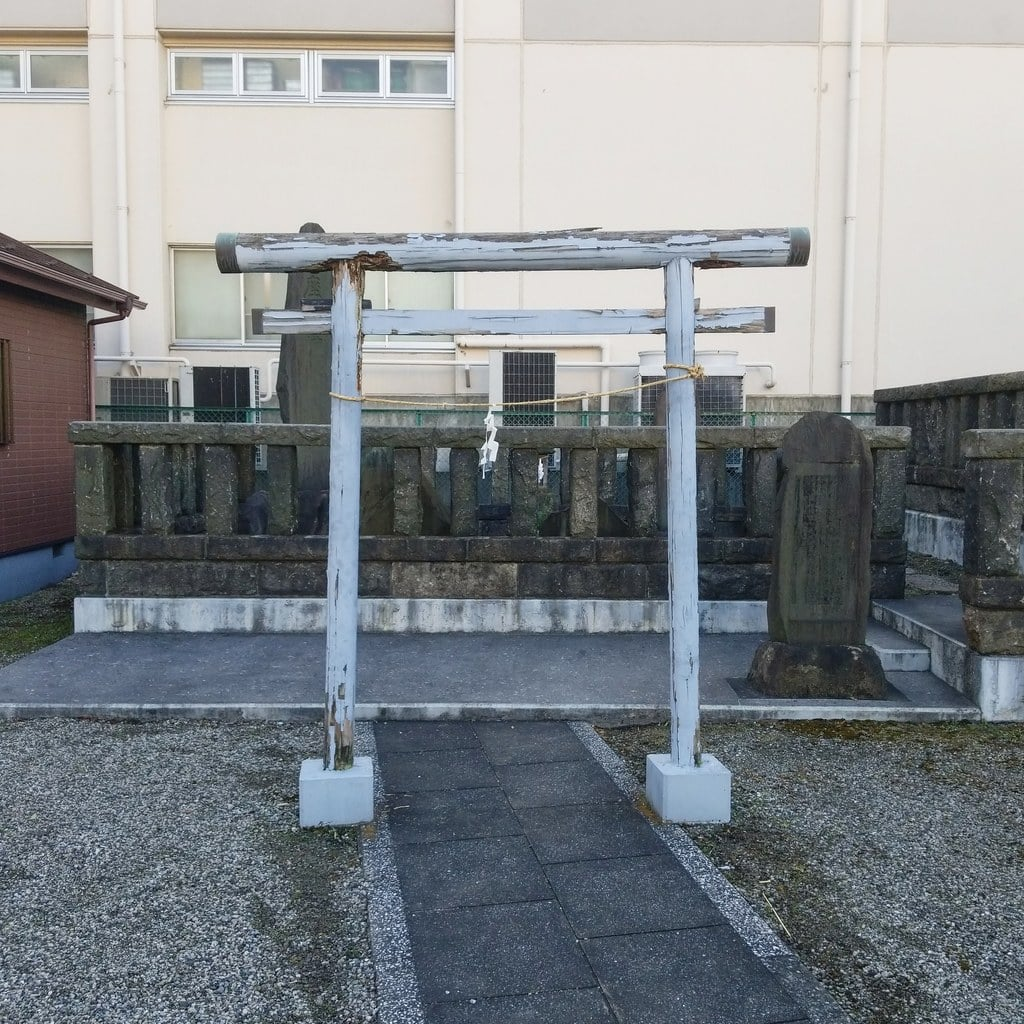 小松川神社の鳥居