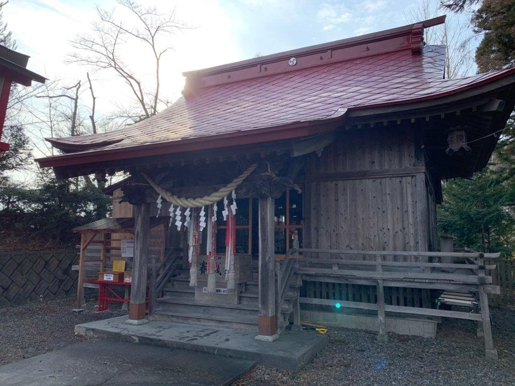 巽山稲荷神社の本殿
