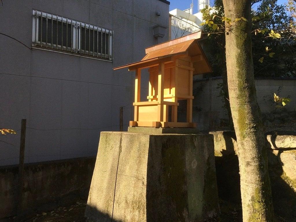 松姤社(熱田神宮摂社)の末社