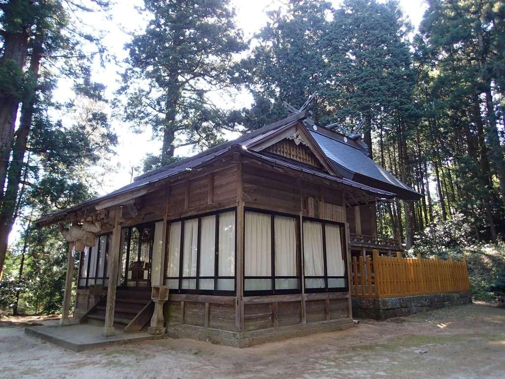 比太神社の本殿
