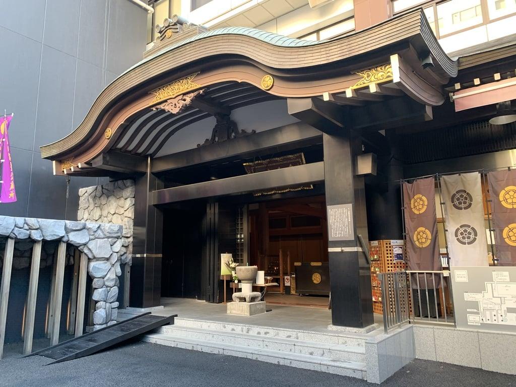 萬松寺の本殿