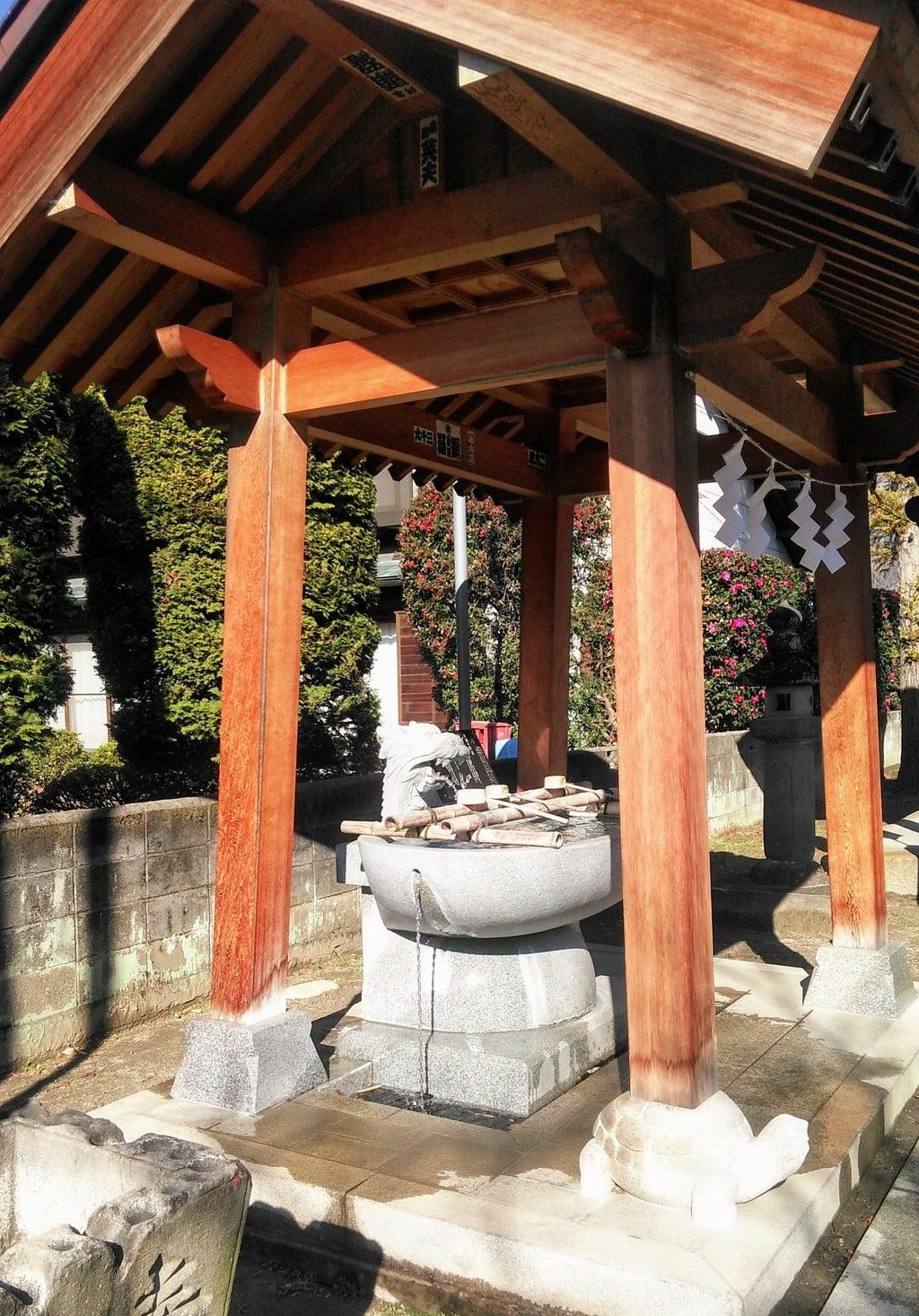 石和八幡宮の手水