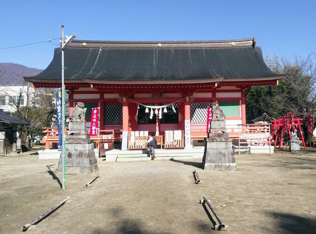 石和八幡宮の本殿