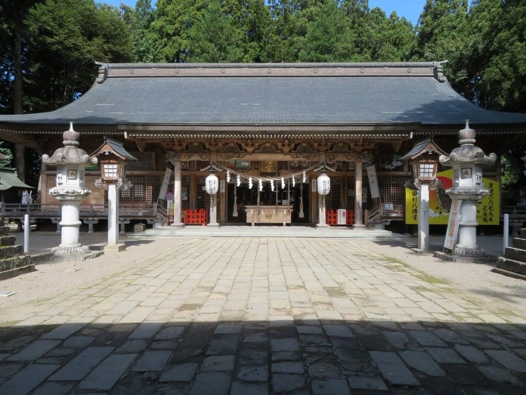 櫛引八幡宮の本殿