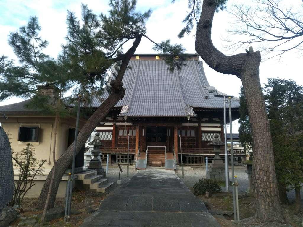 長遠寺の本殿
