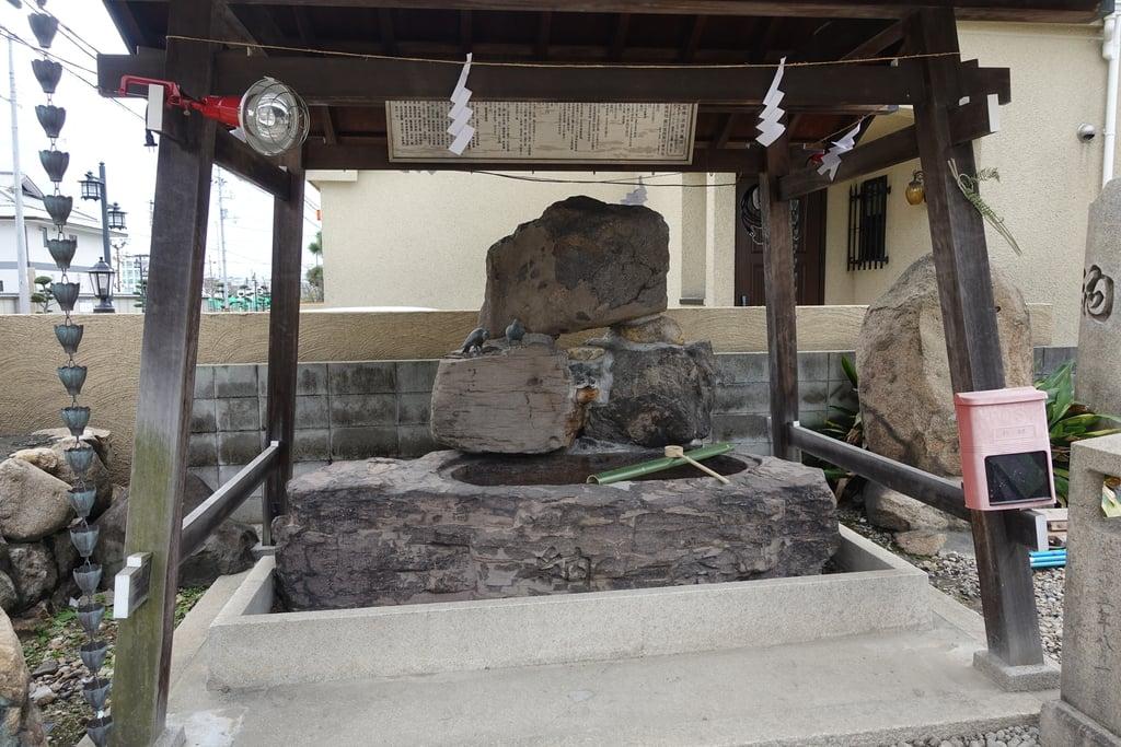 御崎八幡神社の手水