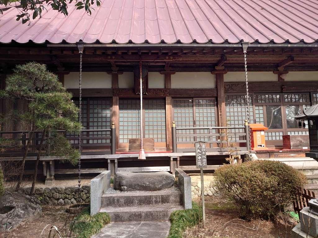 光丸山法輪寺の本殿