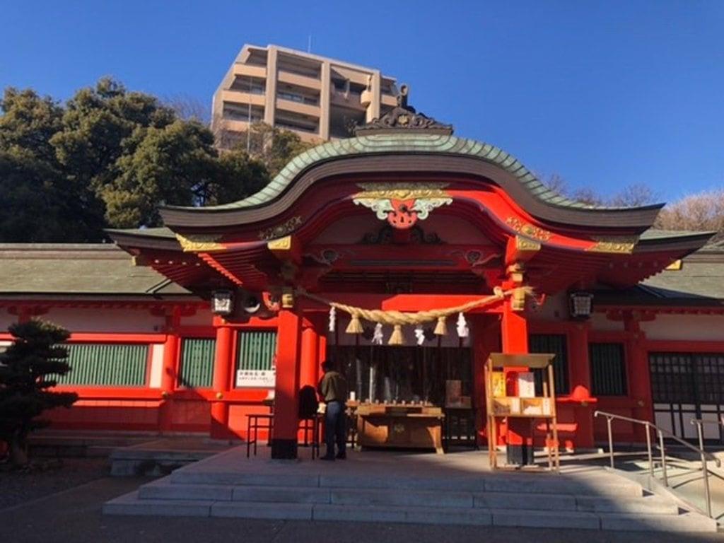 金神社の本殿