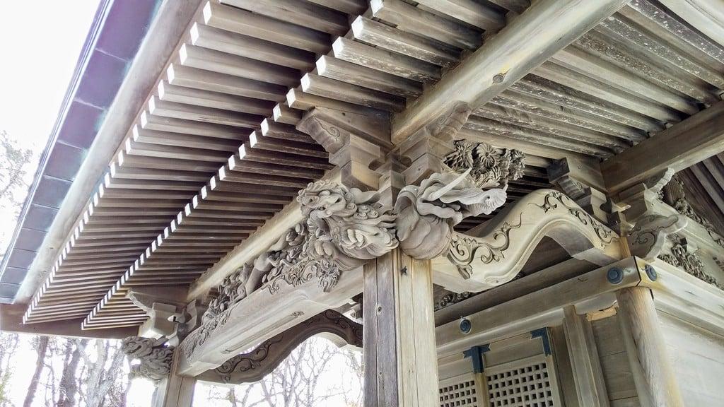 崎守神社の芸術