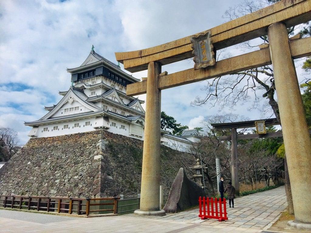 小倉祇園八坂神社の鳥居