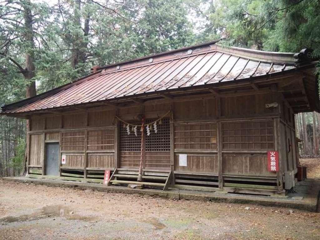 山宮神社の本殿