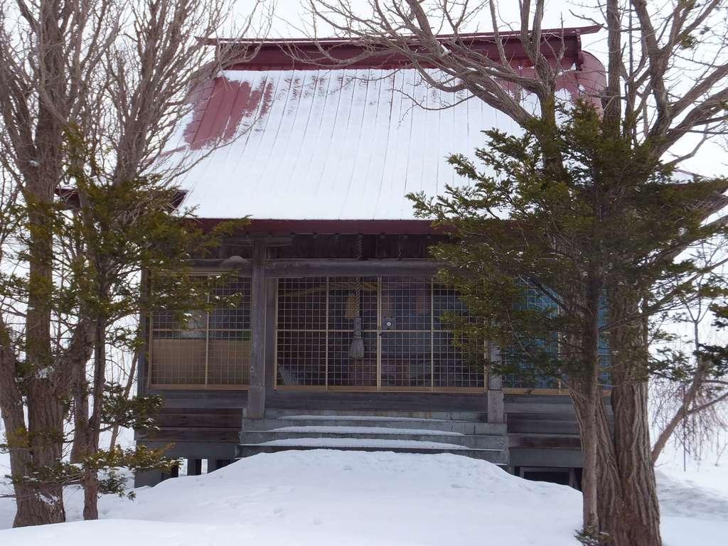 中幌向神社の本殿