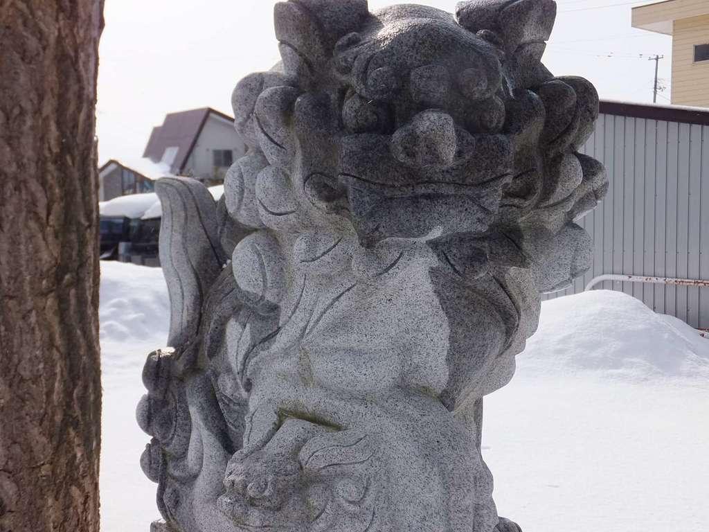 上幌向神社の狛犬