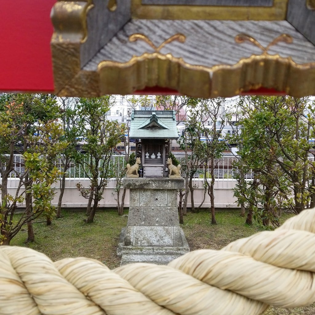 伏見稲荷神社の本殿