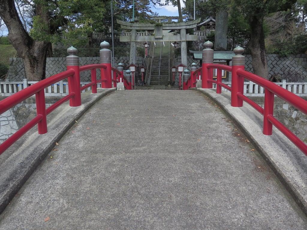 近津神社の建物その他