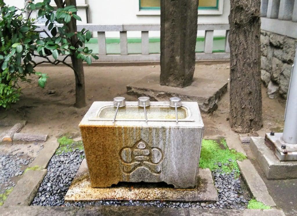 兜神社の手水