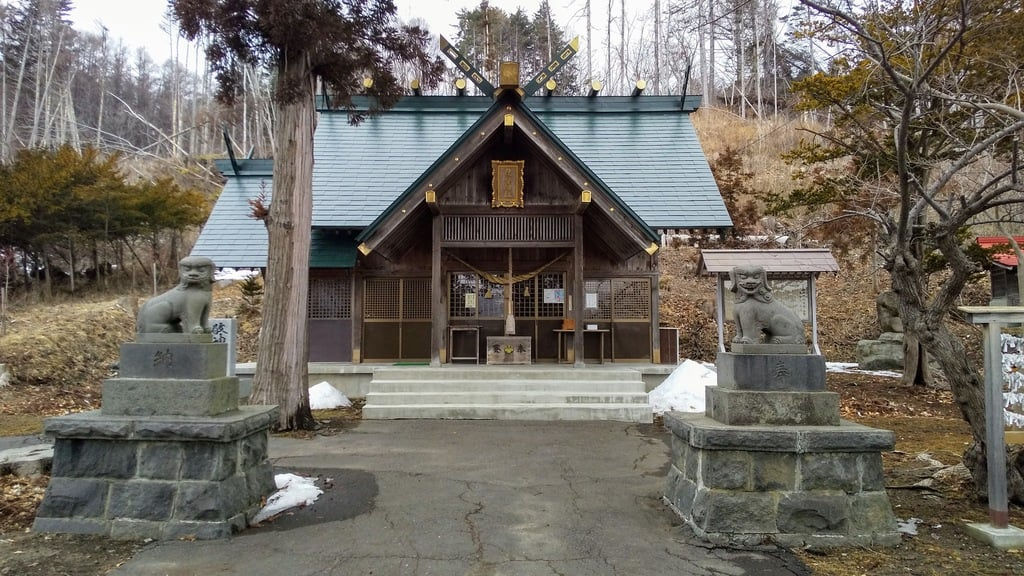 壮瞥神社の本殿