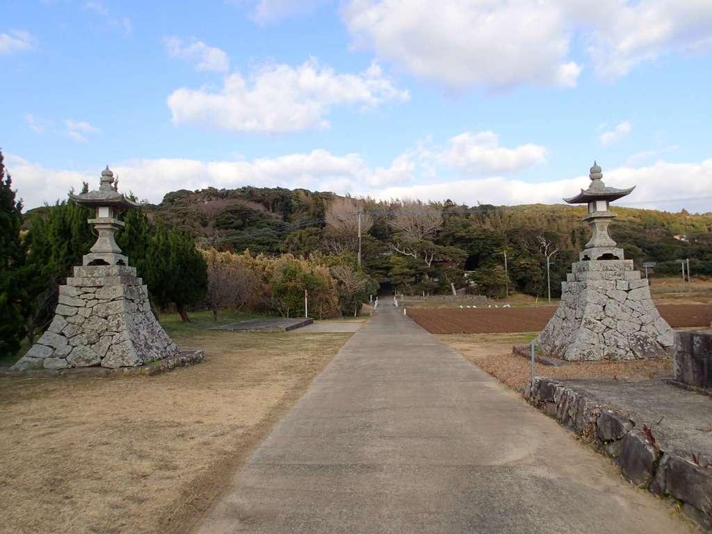 白沙八幡神社の建物その他