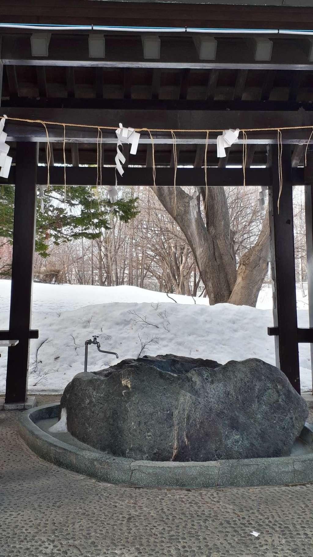 月寒神社の手水