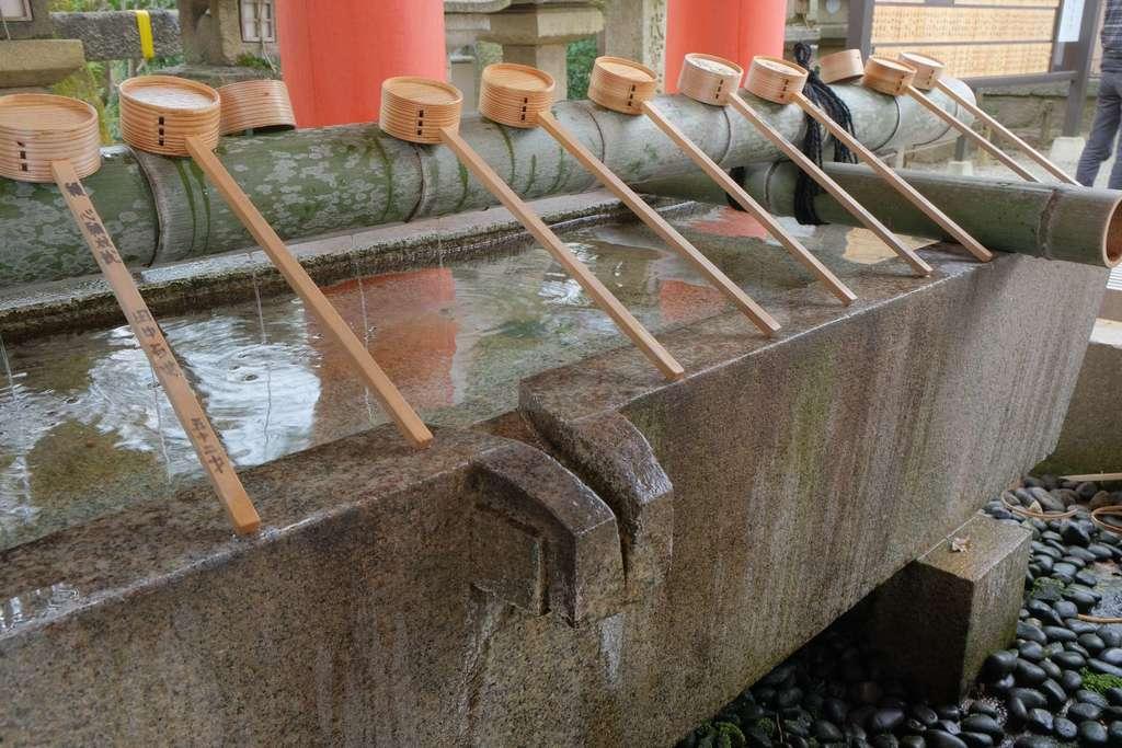石清水八幡宮の手水