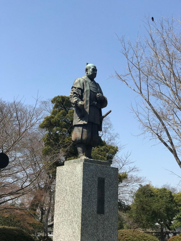 龍城神社の像