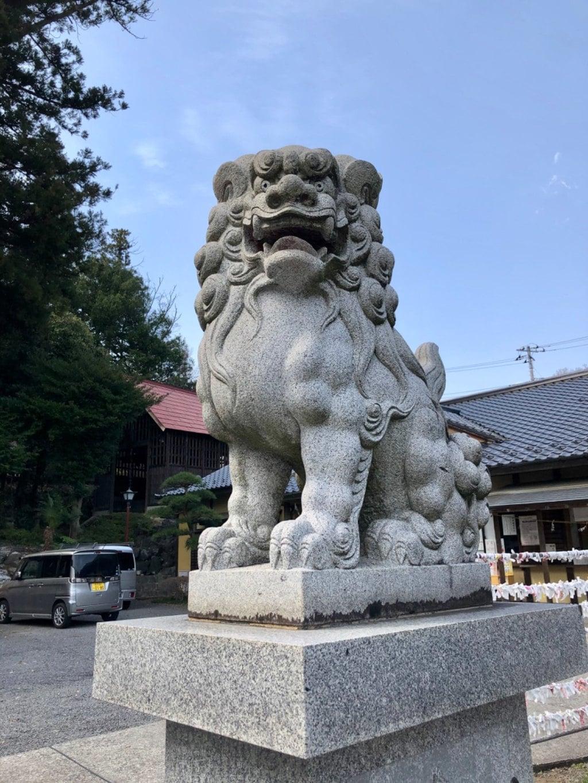 中氷川神社の狛犬