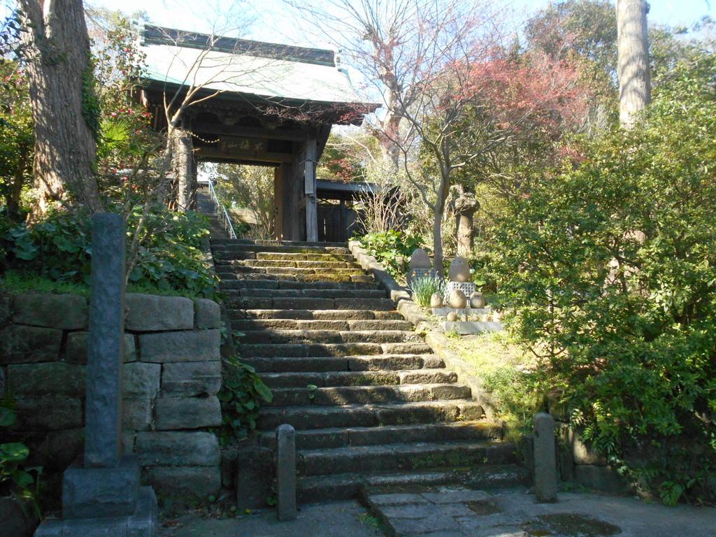 新善光寺の山門