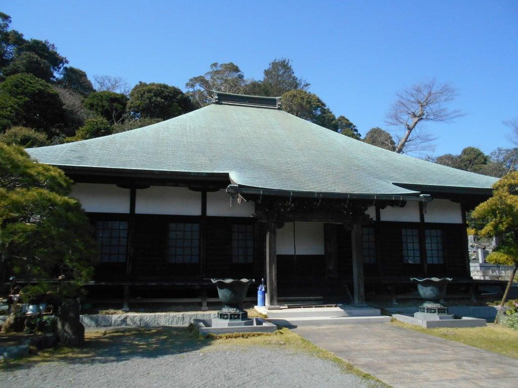 新善光寺の本殿