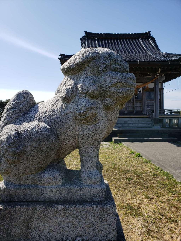 西藤平蔵神社の狛犬